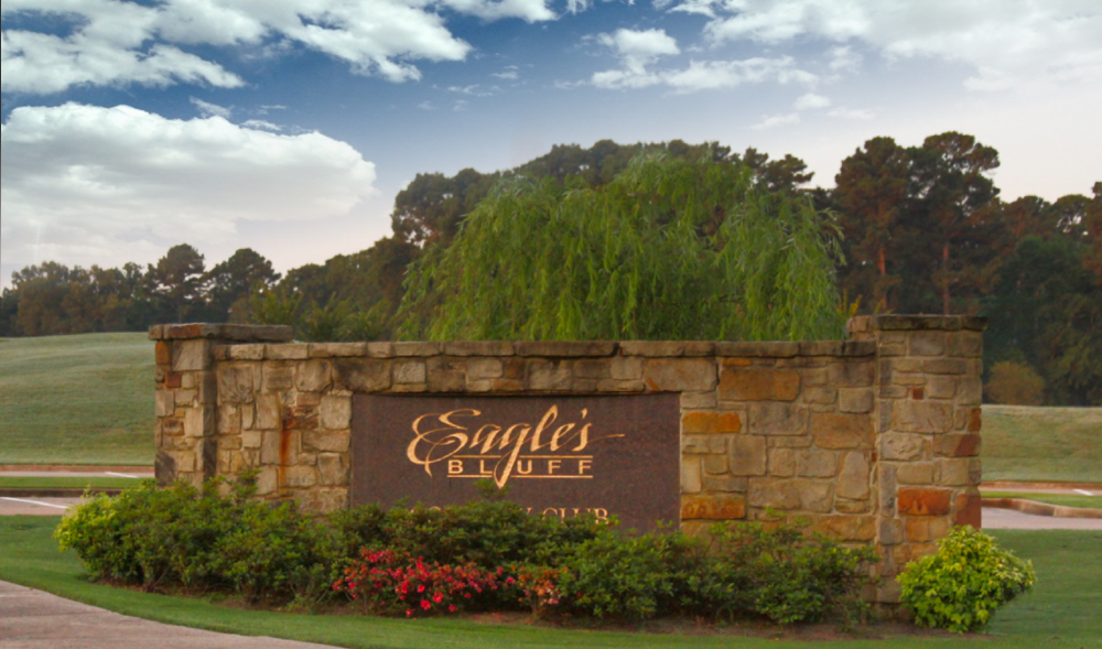 Eagles Bluff Country Club on Lake Palestine in Texas